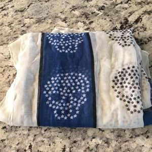CHARLOTTE RUSSE Scull Pattern Lightweight Scarf